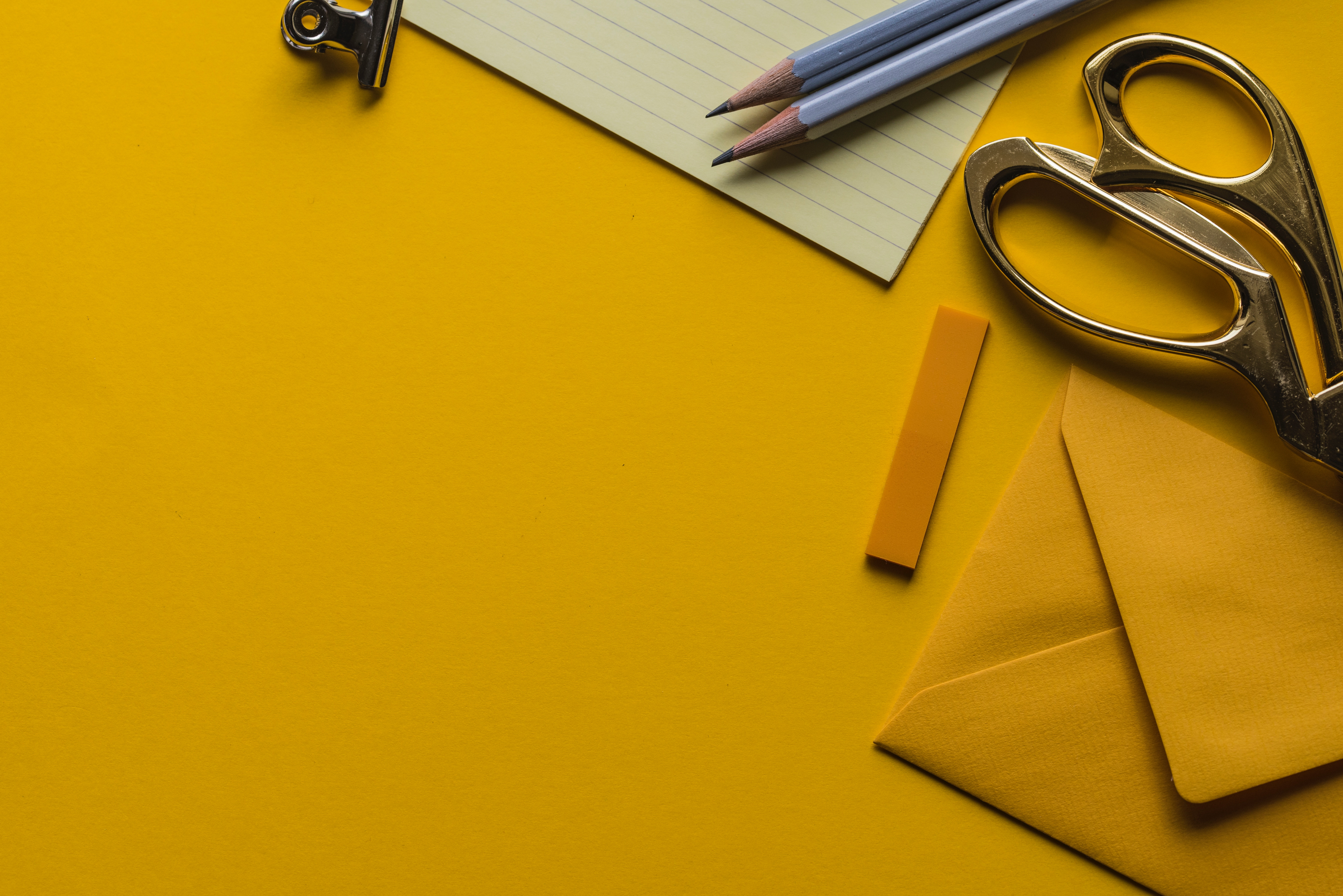 Photo of yellow stationery and how to create a vision board